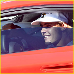 Justin Bieber is All Smiles While Hanging Out in Malibu!