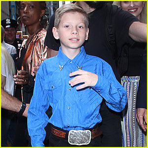 Mason Ramsey Performs 'Famous' On 'Good Morning America'