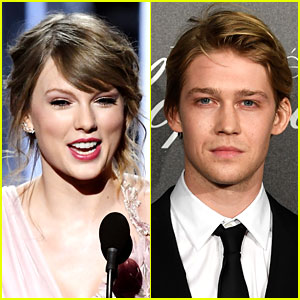 Taylor Swift Vacations with Joe Alwyn in Turks & Caicos