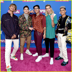 Boy Bands PRETTYMUCH, Forever In Your Mind & 4th Ave Arrive For MTV VMAs 2018
