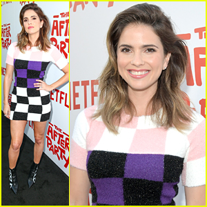 Shelley Hennig Gives Off Major Mod Vibes at 'The After Party' Premiere