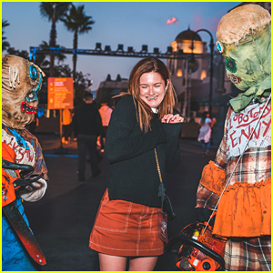 Bonnie Wright & Dylan Minnette Kick off Halloween at Universal Hollywood's Horror Nights Event