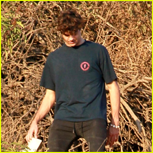 Noah Centineo Takes a Hike With Friends in LA!