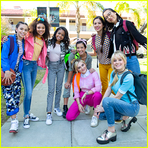 Navia Robinson, Peyton Elizabeth Lee, Meg Donnelly & More Star in 'Legendary' Music Video - Watch Now!