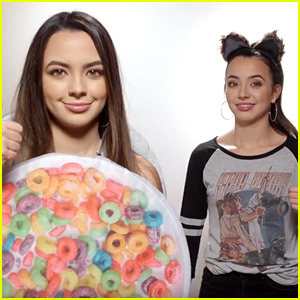 Veronica & Vanessa Merrell Came Up With Creative Halloween Costumes Based on Memes!