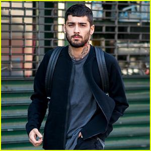 Zayn Malik Steps Out for a Walk in NYC!
