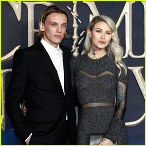 Jamie Campbell Bower Brings Girlfriend Ruby Quilter To 'Crimes of Grindelwald' Premiere in London