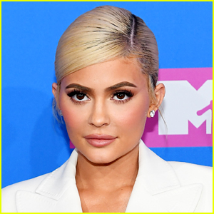 Kylie Jenner Is Still Responding To Fans Who Think She's Pregnant Again