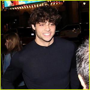 Noah Centineo Looks Handsome at 'Aquaman' Los Angeles Premiere!
