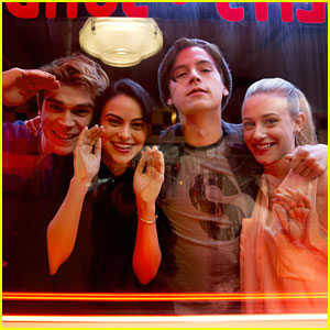 'Riverdale' To Shake Up Core 4 In Upcoming Episode!