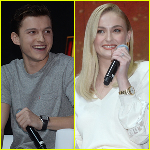 Tom Holland & Sophie Turner Hit the Stage at Comic-Con in Sao Paulo!