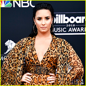 Demi Lovato Rings in Six Months of Sobriety With Cake