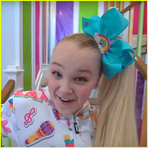 JoJo Siwa Reveals '50 Firefighters' Got Called to 'My Story' Music Video Set!