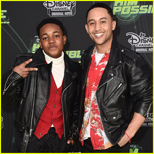 Issac Ryan Brown & Tahj Mowry Have 'Wade' 10 Year Challenge Meet Up at 'Kim Possible' Premiere