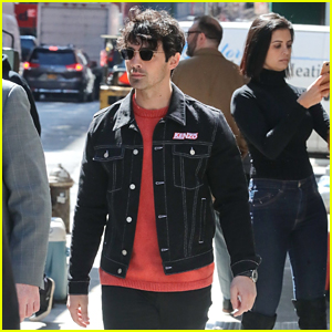 Joe Jonas Keeps It Cool for Errand Run in NYC