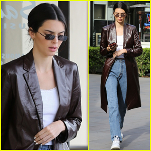 Kendall Jenner Stops By The Mall for Some Shopping