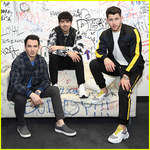 The Jonas Brothers Announce Their New Single 'Cool'!