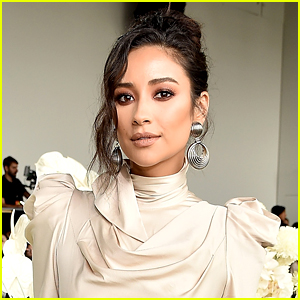 Shay Mitchell Joins Brenda Song in Hulu's Upcoming 'Dollface'
