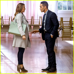 Watch A First Look at Alexa & Carlos PenaVega's New Hallmark Movie!