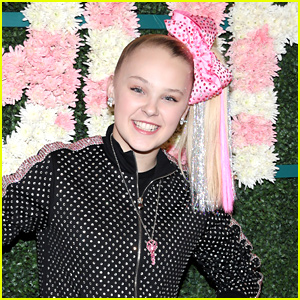 JoJo Siwa Is The Queen, According To Siri!