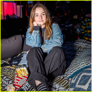 Kaitlyn Dever Checks Out 'Jaws' Screening at Cinespia