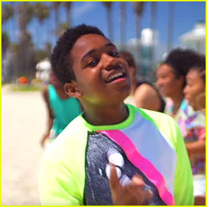 Issac Ryan Brown Shows Off His Dance Moves In 'Vibes' Music Video