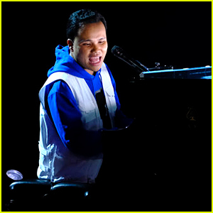 Kodi Lee Sings 'Bridge Over Troubled Water,' Wows All the 'AGT' Judges