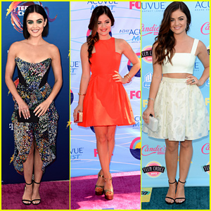 Here's Every Fashion & Beauty Look That Lucy Hale Rocked At The Teen Choice Awards