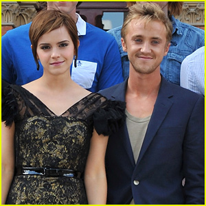 Tom Felton Teaches Emma Watson How To Play Guitar In New Instagram