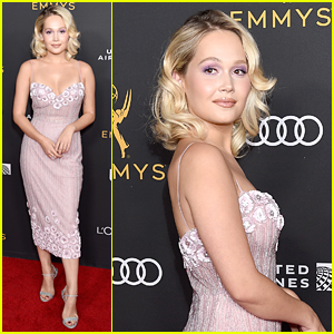 Kelli Berglund Gives Off Marilyn Monroe Vibes At Pre-Emmys Event