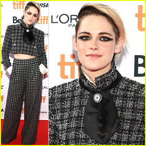 Kristen Stewart Says Robert Pattinson is the 'Only Guy' Who Could Play Batman
