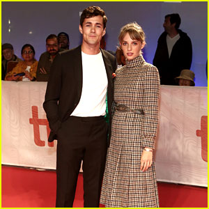 Maya Hawke Flies to TIFF 2019 to Support Jonah Hauer-King