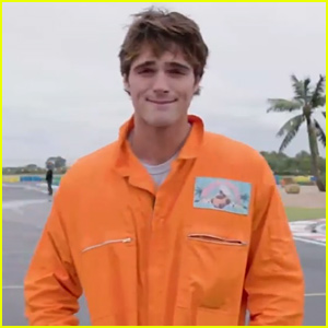 Jacob Elordi is Returning for 'Kissing Booth 2' - Watch the New Teaser Video!