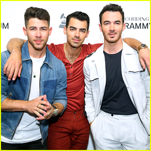 The Jonas Brothers Receive Platinum Plaques For 'Happiness Begins'