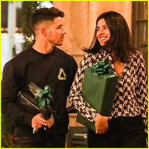 Nick Jonas & Priyanka Chopra Head To Late Night Dinner With Friends
