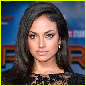 Inanna Sarkis To Star in Mystery Horror Movie 'Seance'