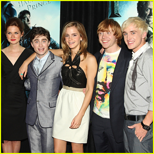 'Harry Potter' Cast Has Mini Reunion For The Holidays!