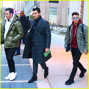 Jonas Brothers Reveal Their Holiday Playlist With Amazon Alexa