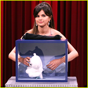 Selena Gomez Will Make You Squirm As She Tries To Guess Mystery Objects on 'The Tonight Show'