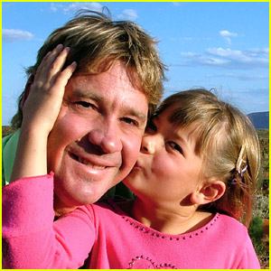 Bindi & Robert Irwin Pay Tribute To Late Father Steve Irwin On His Birthday