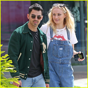 Joe Jonas Joins Pregnant Sophie Turner on a Friday Smoothie Run