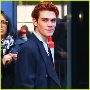 KJ Apa Says 'It's Definitely Different On Set' Without Luke Perry!