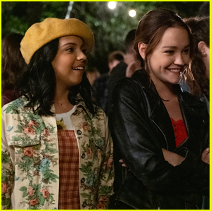 Sadie Stanley & Cree Cicchino Star In 'The Sleepover' Teaser Trailer - Watch!