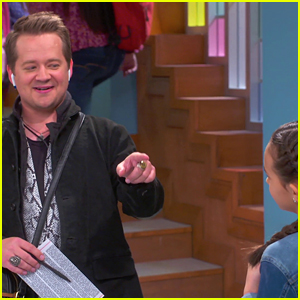 Hannah Montana's Jason Earles To Guest Star On 'Just Roll With It' - First Look!