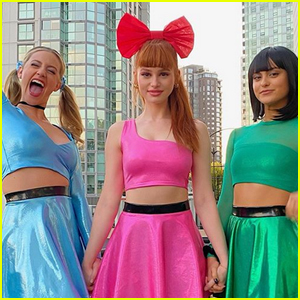 'Riverdale' Ladies Dress as 'Powerpuff Girls' for Halloween!