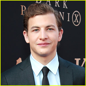 Tye Sheridan Joins Moises Arias, Ashton Sanders & More In Vietnam War Movie