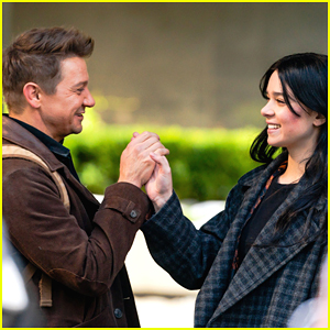 Hailee Steinfeld & Jeremy Renner Are All Smiles During Weekend Filming on 'Hawkeye' Set