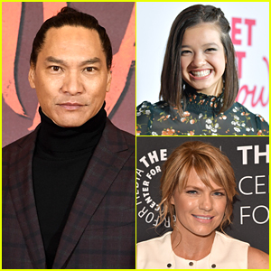 Jason Scott Lee Cast as Peyton Elizabeth Lee's Dad In 'Doogie Kameāloha, M.D.'