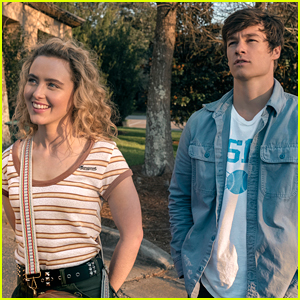 Kathryn Newton & Kyle Allen Get Stuck In a Time Loop In 'The Map of Tiny Perfect Things' Trailer