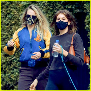 Kaia Gerber Hangs Out with Cara Delevingne Again After Valentine's Day with Jacob Elordi